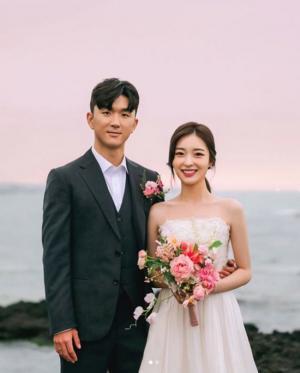 황인범 웨딩화보 공개!